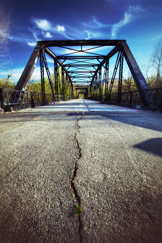 Abandoned - Sweetwater River Historic Bridge